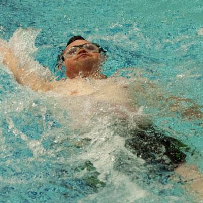 natação para pessoa com deficiencia