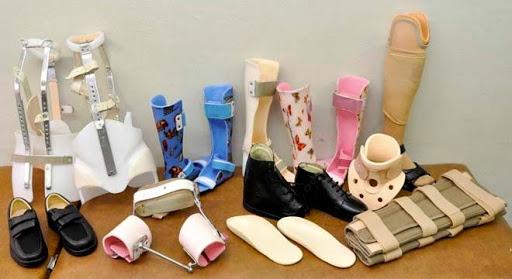 Órteses e próteses