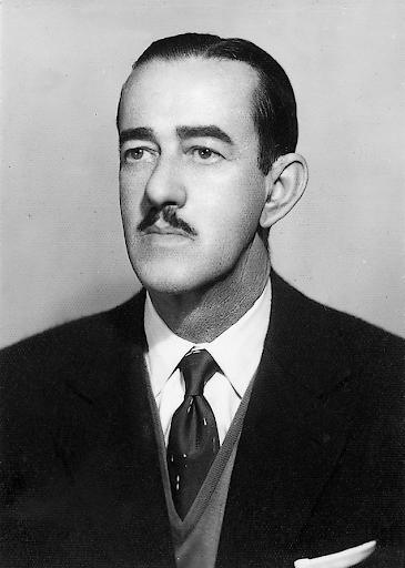 Dr. Renato Costa Bomfim