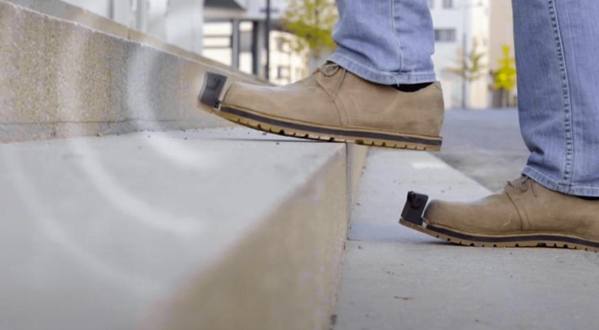 Um Passo à Frente: Sapato Inteligente Auxilia Pessoas com Deficiência Visual